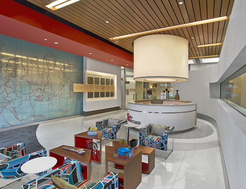 chick-fil-a_the_kitchen_food_innovation_lab_lincoln_100_workplace_interior_design_by_srss.jpg